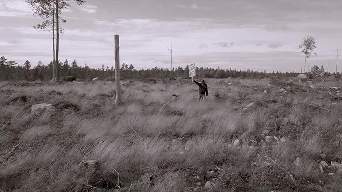 Rovaniemi 3 BW 2 Comment penser librement à lombre dune chapelle?